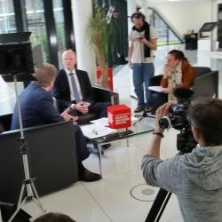 Das Team von InZwischenZeit:Filme interviewt Michael Geil, CEO von Sirona Bensheim