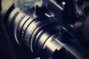 Eine Sony Filmkamera in Nahaufnahme, InZwischenZeit:Filme
